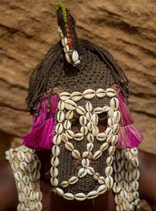 Dogon man wearing a Yagule Mask
